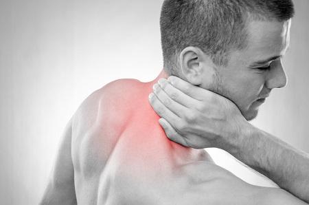 fájdalom a vállízület hátán ha az ízületek 30 ° c-on fájnak