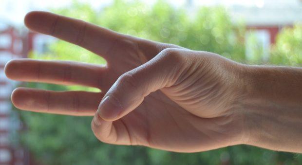fáj a kéz hüvelykujjai