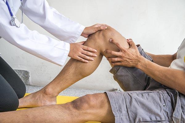 könyökízület fájdalmának kezelése csípőgyulladás jelei