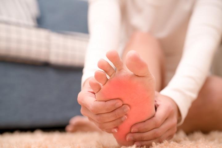 fájdalom a boka ízületeiben, amelyekben a betegségek)