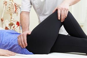 csípőfájdalom, amikor leül)