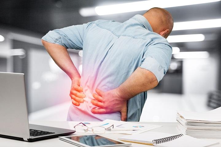 az alsó hátfájás az ízületre ad okot