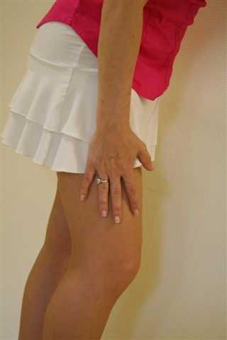 fájdalom a combban járás közben