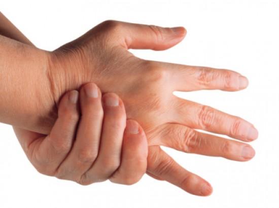 ízületi gyulladás ujjain)