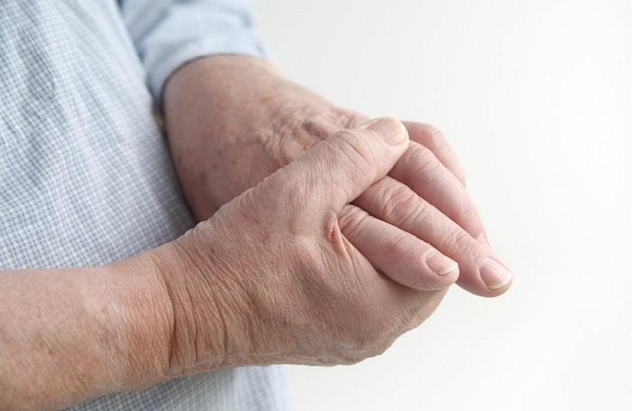 a kézízületek néha fájnak