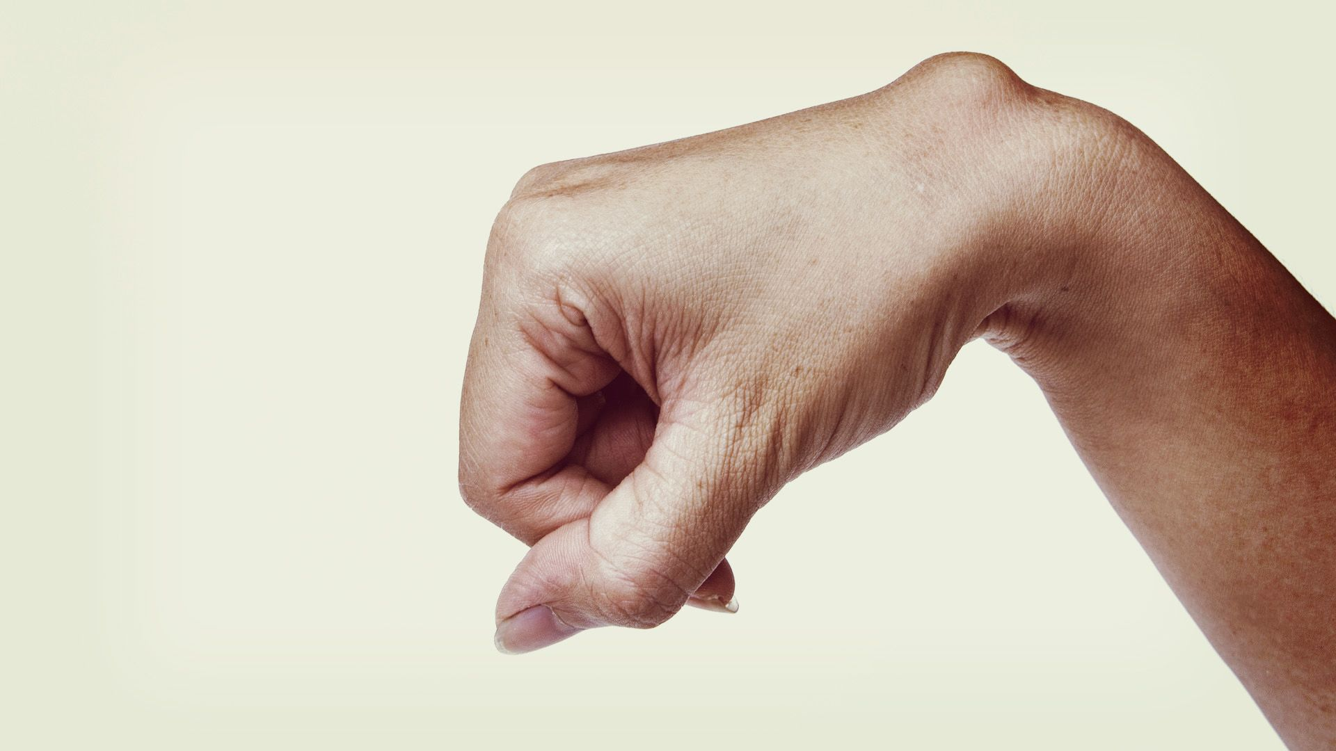 fáj a bal hónalj és az ízületek gyógyszerek térd artrózisának kezelésére