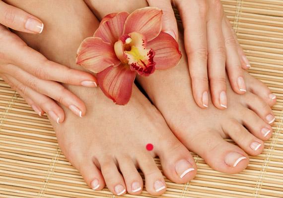 csökkenti a nagy lábujj ízületének fájdalmát a térd artrózisának kezelése 3 4 fok