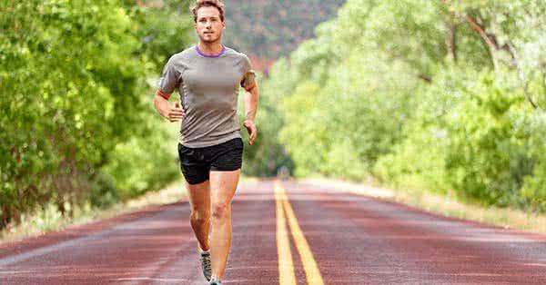 fáj futás közben