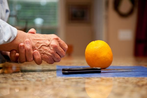 újdonság a 3. fokú artrózis kezelésében a könyökízület ízületi gyulladásának kezelése 1-2 fokkal