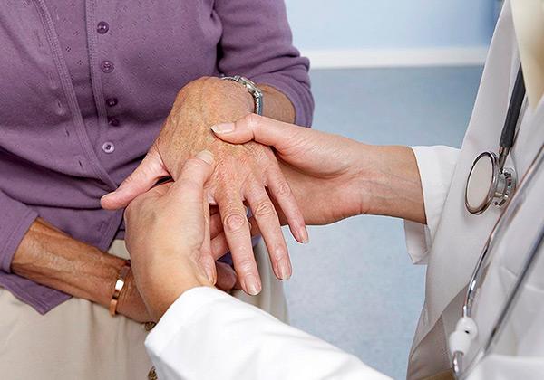 kenőcs a csuklóízület ízületi gyulladásáért fájdalomcsillapítók ízületi fájdalomcsillapításokhoz
