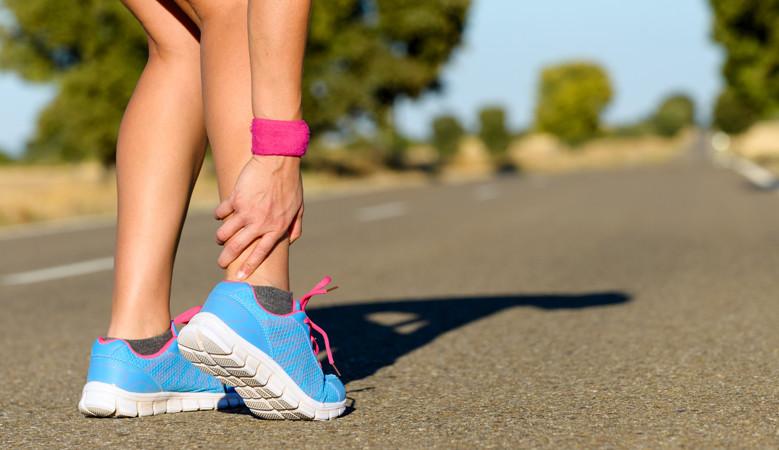 Mitől fáj a váll és a nyak közti izmom futás közben?