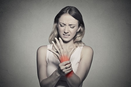 ízületi fájdalom a vontatás szumó után)