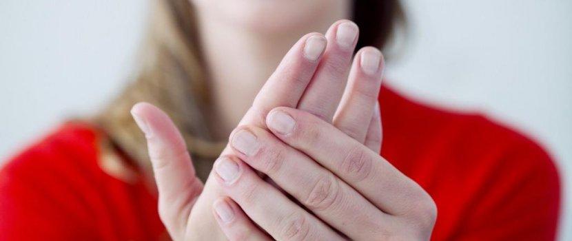 ízületi hormonok ödéma a lábujjak artritiszével
