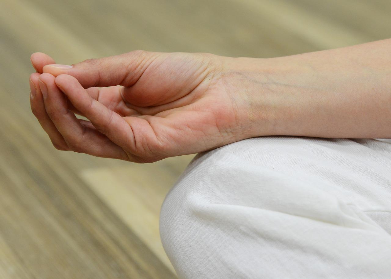 ujjak ízületének kezelése
