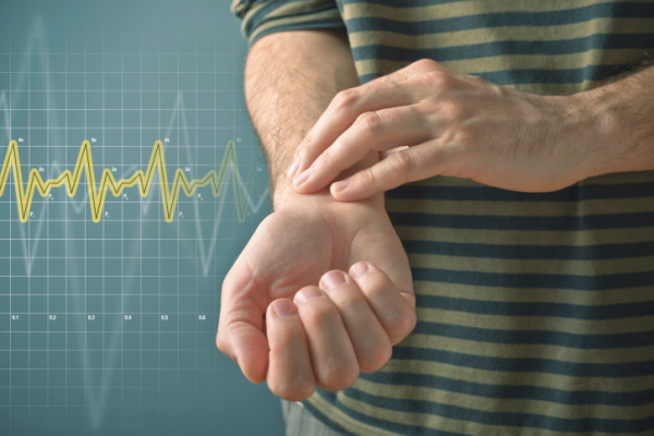 gyors pulzusos ízületi fájdalom